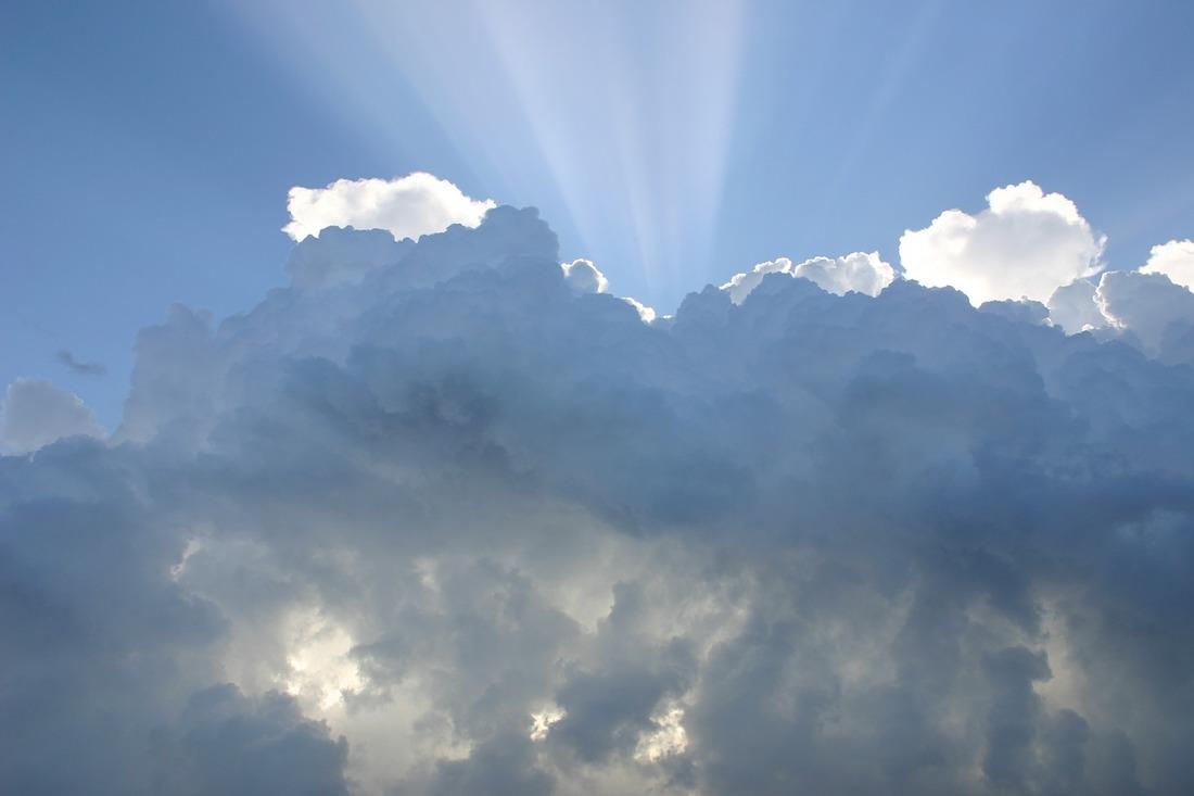Májusi felhők – Kos Merkúr, Bika Nap, Újhold (303.)